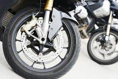 Twee motorwielen, details royalty-vrije stock foto