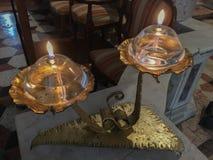 Twee olielamp voor kerk royalty-vrije stock fotografie