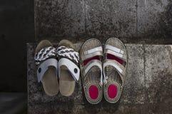Twee paren schoenen Stock Afbeeldingen