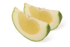 Twee plakken van zoete groene Pompelmoes (grapefruit) Royalty-vrije Stock Fotografie