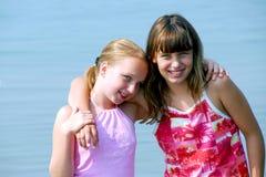 Twee preteen meisjes Stock Fotografie