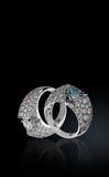 Twee ringen met brilliants royalty-vrije stock afbeelding