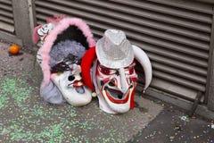 Twee rode en roze maskers van Bazel Carnaval stock fotografie