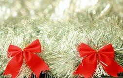 Twee rode linten van de Kerstmisdecoratie Royalty-vrije Stock Afbeelding