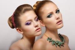 Twee Romantische Jonge Vrouwen Royalty-vrije Stock Foto