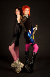 Twee rotsmeisjes met gitaar Royalty-vrije Stock Afbeelding
