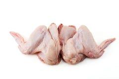 Twee ruwe kippenvleugels Stock Afbeelding