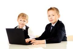 Twee schooljongens Stock Foto