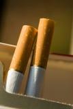 Twee sigaretten stock foto