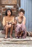 Twee Slechte jonge meisjes Stock Afbeeldingen