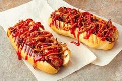 Twee smakelijke hotdogs Stock Afbeelding