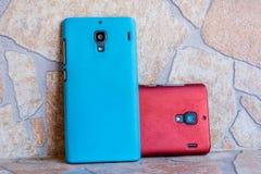 Twee Smartphones Royalty-vrije Stock Afbeeldingen