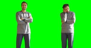 Twee staten van een persoon die en het slaperig groen scherm en alfakanaal Als achtergrond sliep stock video