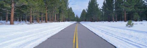 Twee steegweg in sneeuw Stock Afbeelding