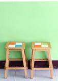 Twee stoelen voor klant stock fotografie