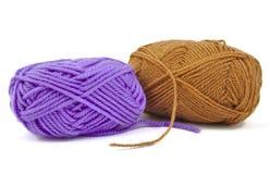Twee strengen van wol stock afbeeldingen