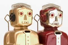 Twee stuk speelgoed robots royalty-vrije stock afbeelding