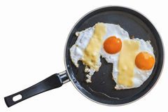 Twee Sunny Side Up Eggs In Teflon Bradend Pan Isolated On White stock foto's