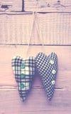 Twee textielharten royalty-vrije stock afbeelding