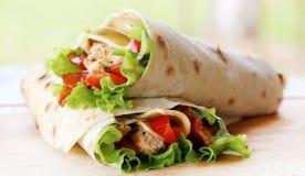 Twee tortilla's Stock Foto's