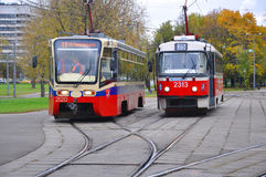 Twee trams op de straat moskou Rusland Royalty-vrije Stock Afbeelding