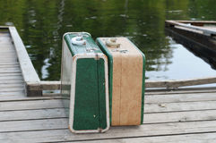 Twee uitstekende koffers Royalty-vrije Stock Fotografie