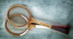 Twee uitstekende rackets Stock Afbeeldingen