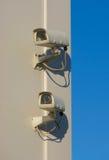 Twee veiligheidscamera's Royalty-vrije Stock Foto
