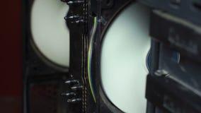Twee ventilators in de computer stock video