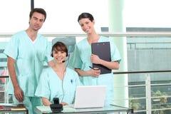Twee verpleegsters stock foto