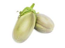 Twee verse aubergines Stock Afbeeldingen