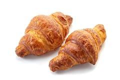 Twee verse croissanten op wit Stock Afbeeldingen