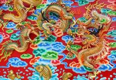 Twee vliegende draken Vector Illustratie