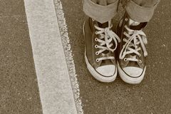 Twee voet en een lijn Stock Foto