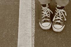 Twee voet en een lijn Stock Foto's