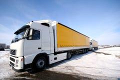 Twee vrachtwagens royalty-vrije stock afbeelding