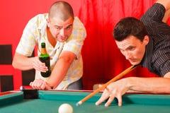 Twee vrienden die een goede tijd hebben Royalty-vrije Stock Afbeelding
