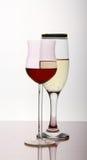 Twee wijndrinkbekers Royalty-vrije Stock Foto's