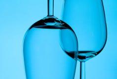 Twee wijnglazen royalty-vrije stock fotografie