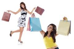 Twee winkelende jonge meisjes Royalty-vrije Stock Foto's