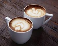 Twee witte koppen van koffie Royalty-vrije Stock Foto