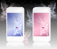 Twee witte mobiele telefoons met onzelieveheersbeestje op samenvatting Royalty-vrije Stock Afbeelding