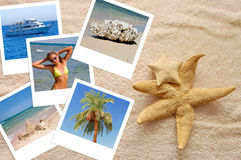 Twee zeesterren en foto's op een strandhanddoek Royalty-vrije Stock Afbeelding
