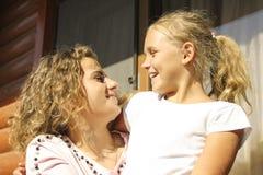 Twee zusters samen Royalty-vrije Stock Fotografie