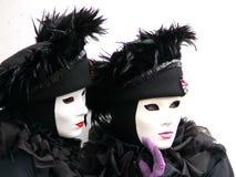Twee zwart-witte maskers van Venetië Stock Fotografie