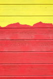 Tweekleurig Geel Rood Hout die Textuurachtergrond met Abstra Commissie Royalty-vrije Stock Afbeeldingen