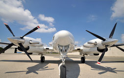 Tweeling motorvliegtuig royalty-vrije stock foto