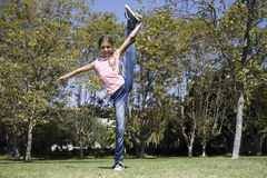 Tween Girl Doing Gymnastics Stock Photography