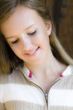Tween sorridente del ritratto della ragazza Immagini Stock Libere da Diritti