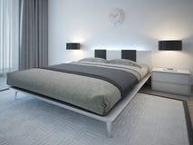 Tweepersoonsbed met bedlijst in minimalistische stijl Stock Foto
